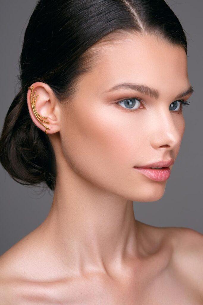 EAR CUFF: gli orecchini più amati del momento e i 10 modelli più belli on line.