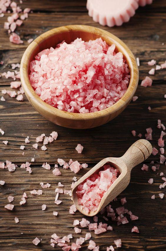 SCRUB CORPO FATTI IN CASA: tecniche caalinghe per avere la pelle morbidissima. #oliodicocco #scrub #dyd #sale #salt